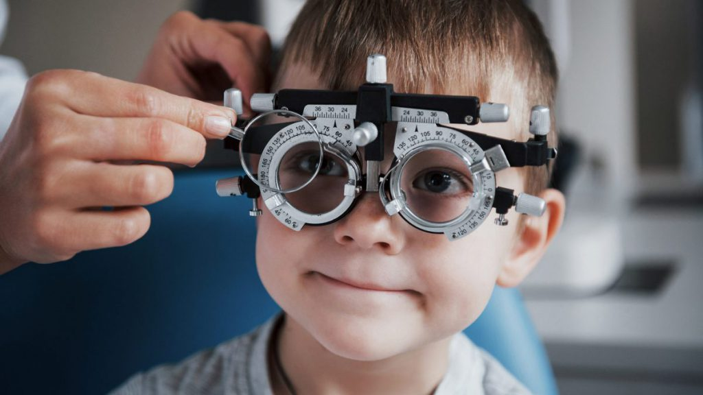Spectacle Lenses For Myopia Control Part 1   Myopia Profile
